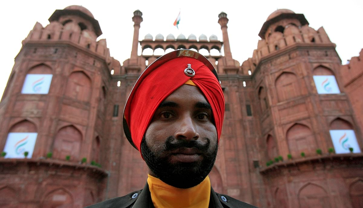 A soldier from India's Sikh regiment stands guard at the historic Red Fort in the old quarters of Delhi. (Photo: Reuters)