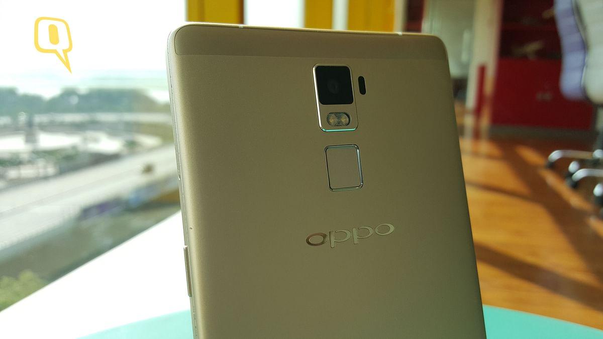Oppo R7 Plus. (Photo: The Quint)