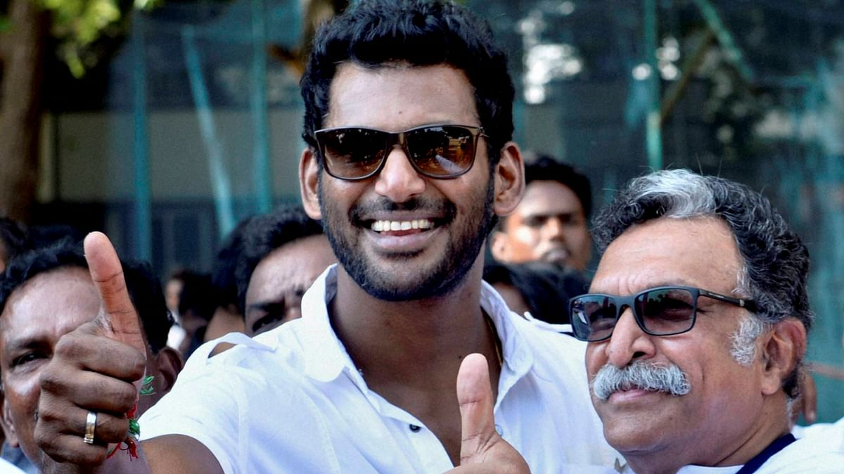 Actors M Nassar (right) and Vishal were elected as the president and general secretary of the Nadigar Sangam in 2015.