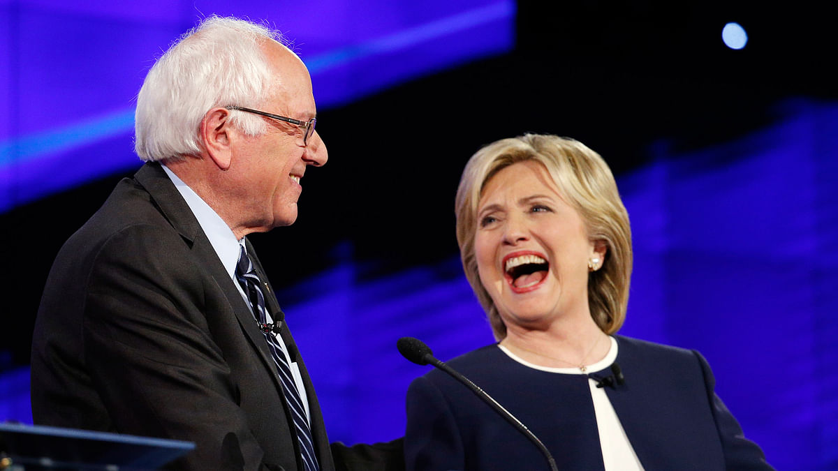 Sen. Bernie Sanders, of Vermont (left) and Hillary Rodham Clinton during the CNN Democratic presidential debate in Las Vegas. (Photo: AP)<a></a>