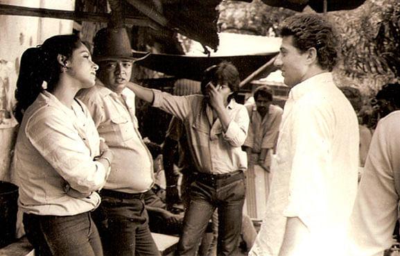 Dimple Kapadia, Rahul Rawail and Sunny Deol on the sets of <i>Arjun</i>