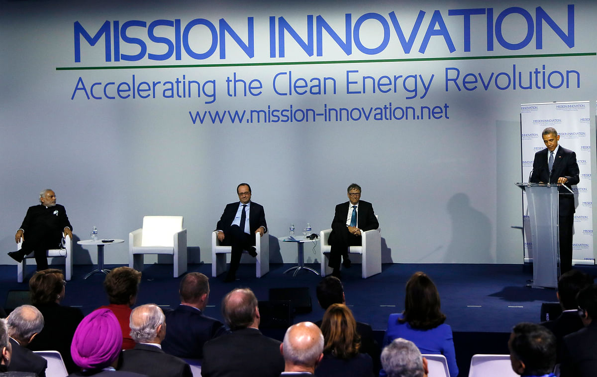 (From left) PM Narendra Modi, French President Francis Hollande, and Microsoft founder Bill Gates listen to US President Barack Obama before the Mission Innovation: Accelerating the Clean Energy Revolution? meeting at the COP2, United Nations Climate Change Conference, in Paris, Monday. (Photo: AP)
