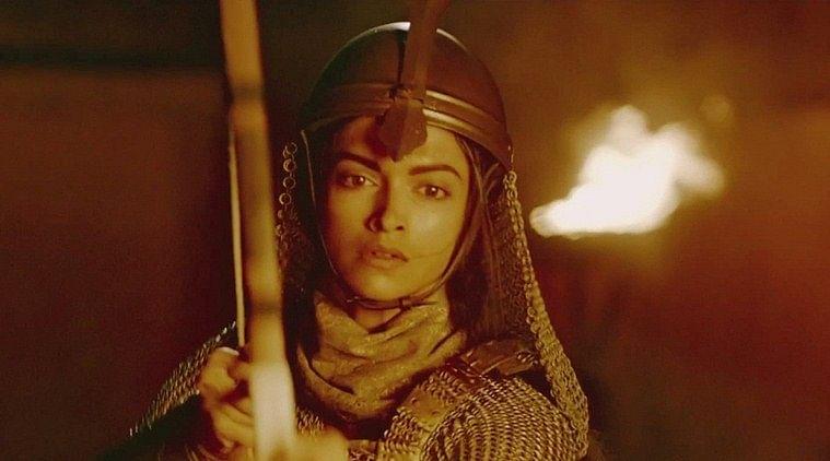 Deepika Padukone in a war sequence from Sanjay Leela Bhansali's Bajirao Mastani (Photo: Erosnow.com)