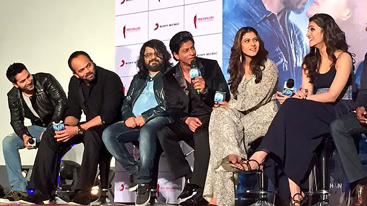 "At the music launch of Dilwale. (Photo: <a href=""https://twitter.com/RedChilliesEnt/status/667004547798175744"">Twitter</a>)"
