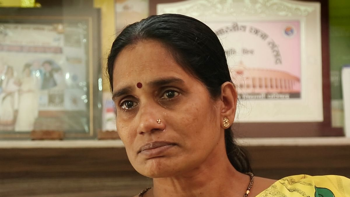 Nirbhaya's mother breaks down while talking to <b>The Quint</b>. (Photo: <b>The Quint</b>)