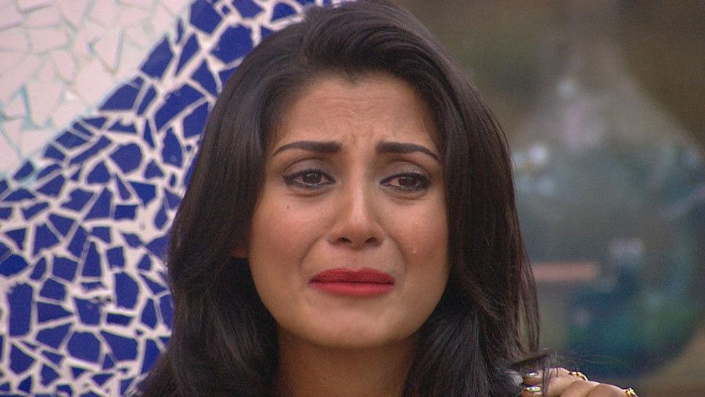 Rimi Sen is under attack from her own team mates