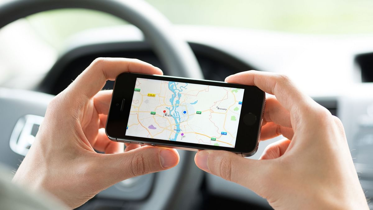Using Maps on the phone is  becoming increasingly popular. (Photo: iStockphoto)