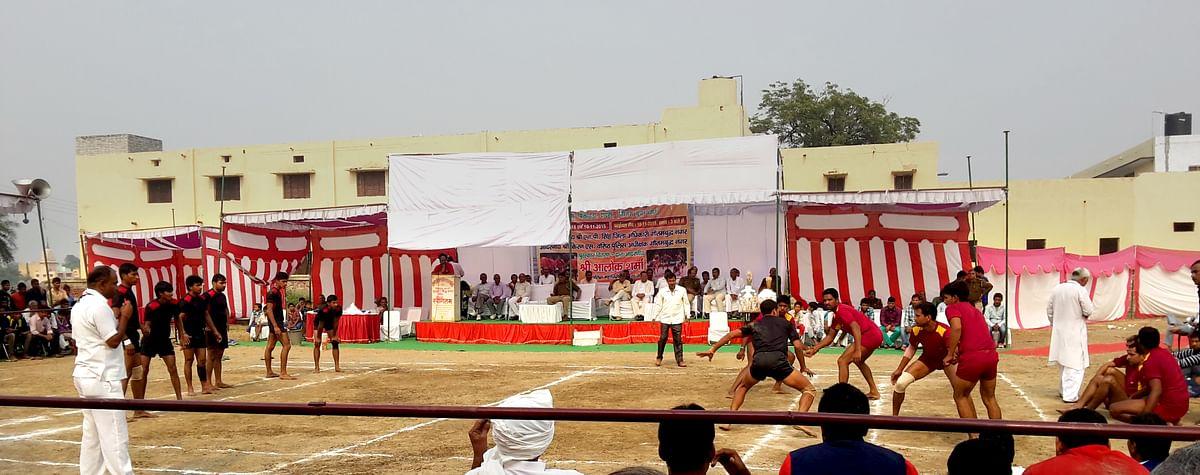 Sadhbhavana Divas programme in Bisada village in Dadri in Uttar Pradesh. (Photo: Poonam Agarwal/The Quint)