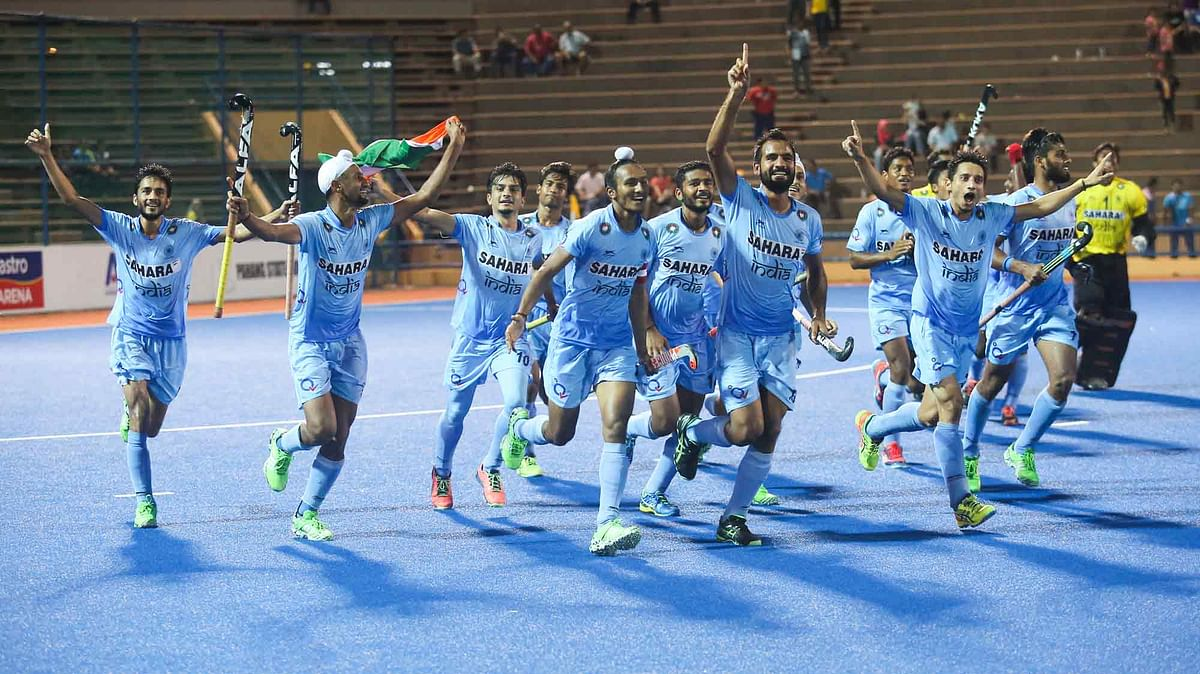 Indian Junior Men's hockey team celebrate after beating Pakistan 6-2 to win the Asia Cup. (Photo: Hockey India)