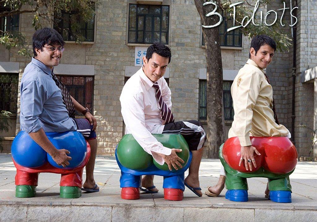 R Madhavan, Aamir Khan and Sharman Joshi in a scene from Rajkumar Hirani's <i>3 Idiots</i>