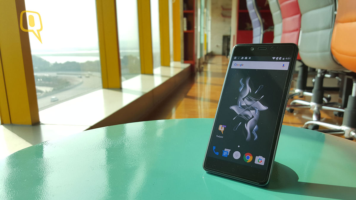 Review: OnePlus X Has All The X-Factor You Need