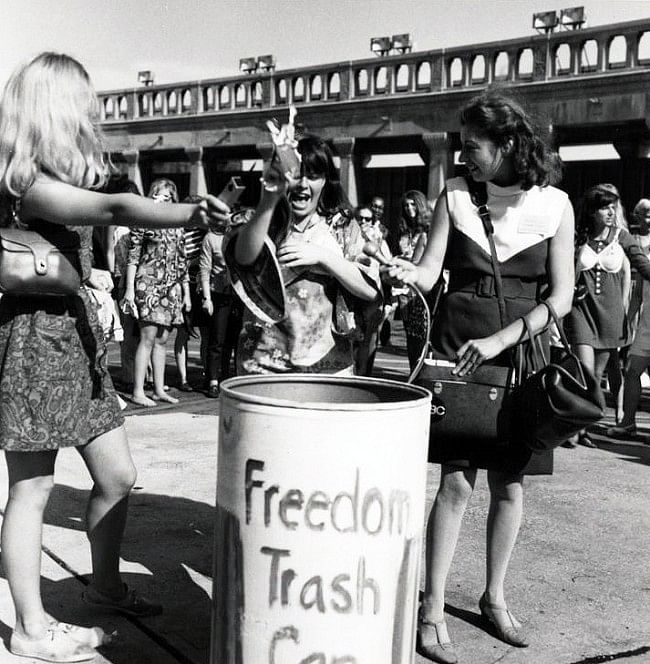 "The freedom trash can (Photo: <a href=""http://www.anorak.co.uk/keyposts/page/20/"">www.anorak.co.uk</a>)"