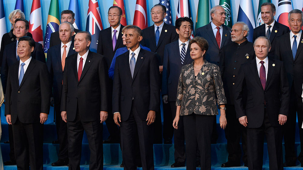 President Barack Obama (centre)  in a group photo with other leaders during the G20 Summit in Antalya, Turkey, November 15, 2015. (Photo: AP)