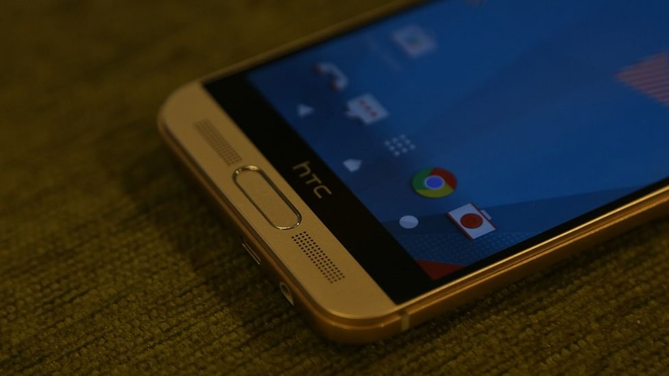 HTC One M9+. (Photo: <b>The Quint</b>)