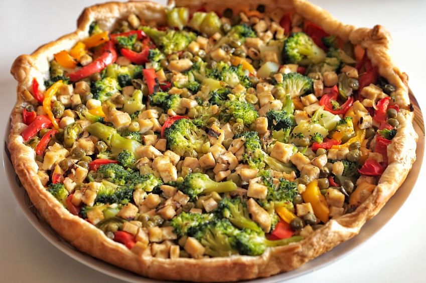 This completely vegan pizza is as irresistible as it looks!
