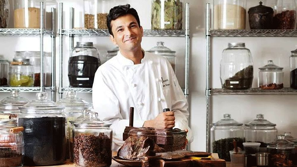 "Happy birthday, Vikas Khanna. (Photo: <a href=""https://www.facebook.com/VikasKhannaGroup/timeline?ref=page_internal"">Vikas Khanna's Facebook page</a>)"