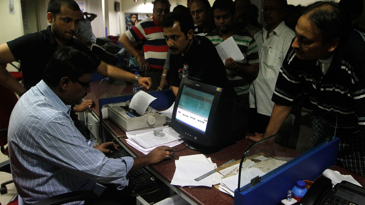 Seventh Pay Commission will do little to improve the functioning of a lethargic bureaucracy. (Photo: Reuters)