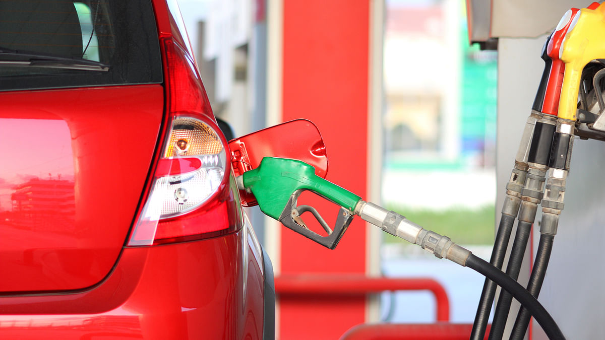 Petrol will cost Rs 64.76 a litre in Delhi from Thursday midnight as compared to Rs 65.65 per litre currently. (Photo: iStockPhoto)