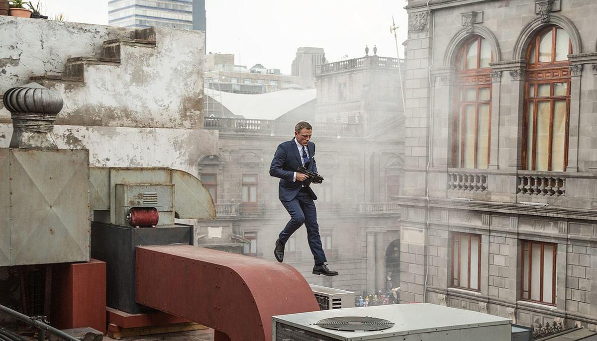 "Daniel Craig as James Bond (Photo: <a href=""https://www.facebook.com/SpectreMovie/photos/pb.409815059172257.-2207520000.1447991281./482603261893436/?type=3&amp;theater"">Spectre's facebook page</a>)"