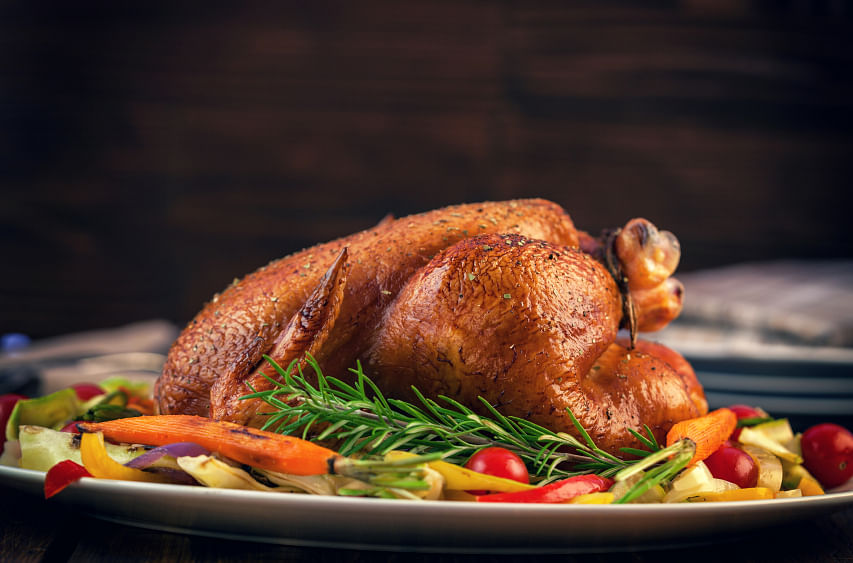 The turkey is the star of the table on Thanksgiving. (Photo: iStock)