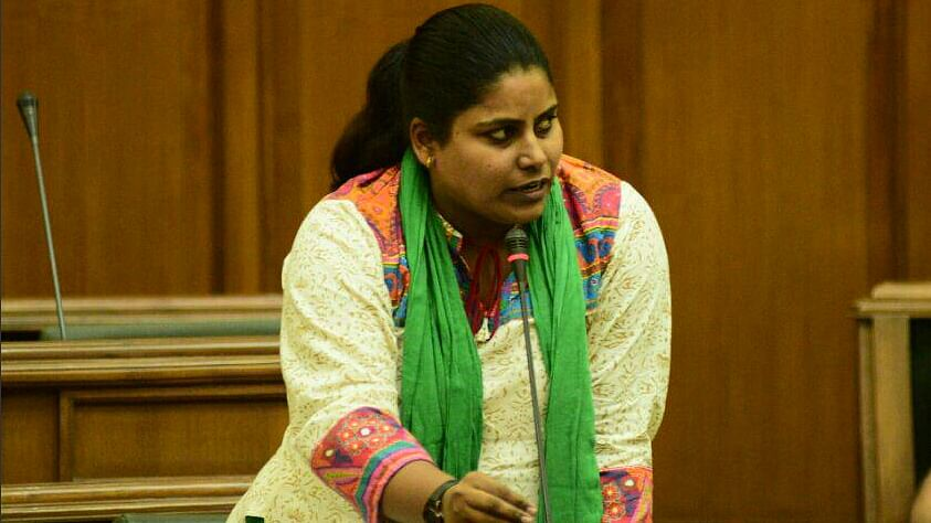 """File photo of AAP MLA Sarita Singh speaking in the Delhi Assembly. (Photo Courtesy: <a href=""""https://twitter.com/AapsaritaSingh/status/614025409097629696"""">Twitter/Sarita Singh</a>)"""