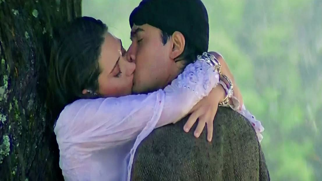The scene from Raja Hindustani (1996) which scorched our screens. (Photo: Youtube screengrab)