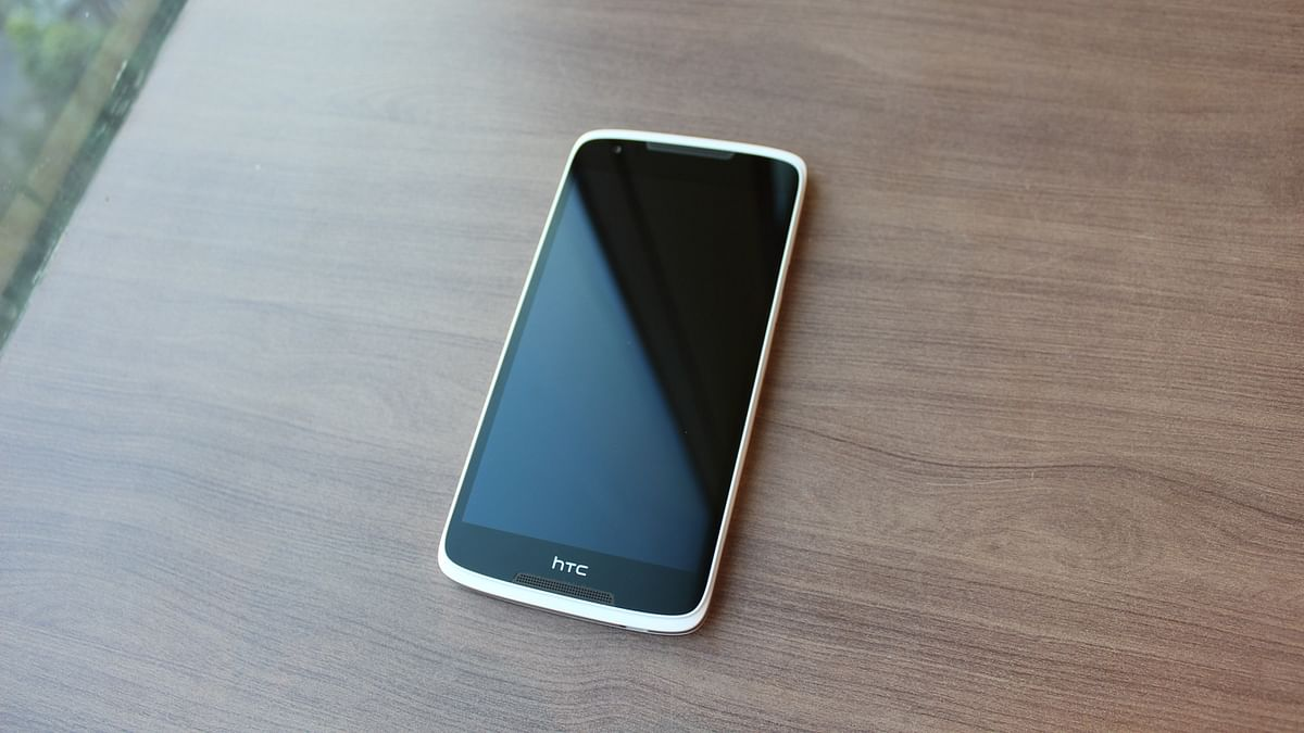 The phone has a beautiful design. (Photo: <b>The Quint</b>)