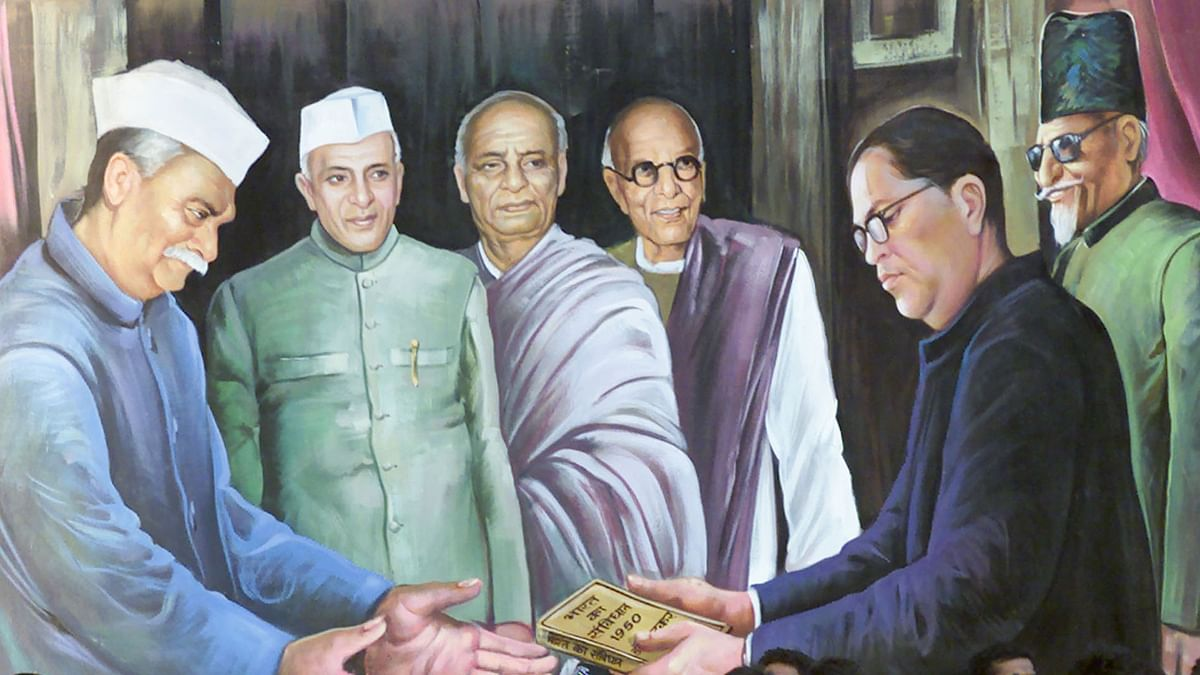 A mural depicting Balasaheb Ambedkar (R), the author of the Indian constitution handing it over to Rajendra Prasad (R), the former President of India. (Photo: Reuters)