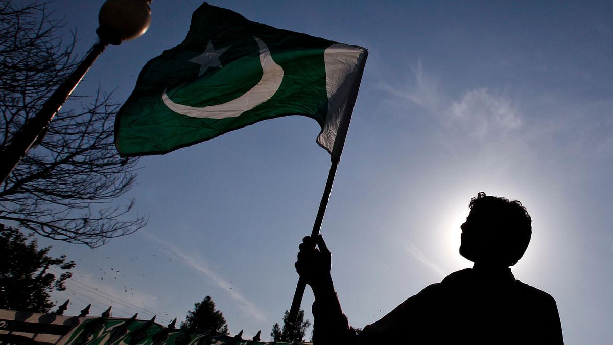 Flag of Pakistan been waved. (Photo: Reuters)