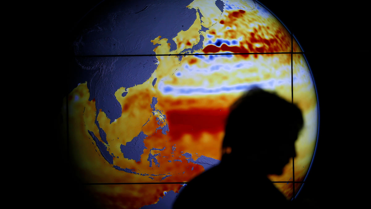 The global climate summit in Paris forged a landmark agreement on Saturday, setting the course for a historic transformation of the world's fossil fuel-driven economy within decades in a bid to arrest global warming. (Photo: Reuters)