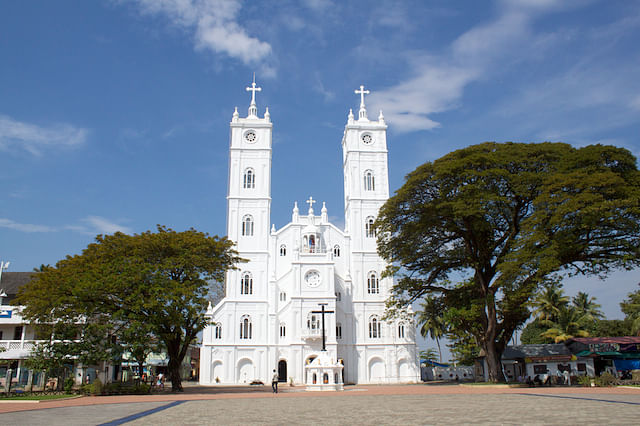 Basilica of Our Lady of Ransom, Vallarpadam. (Photo: Wikimedia Commons)