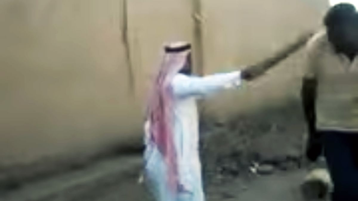 A screenshot of the Saudia employer beating up one of the youths. (Photo coutesy: Whatsapp video)