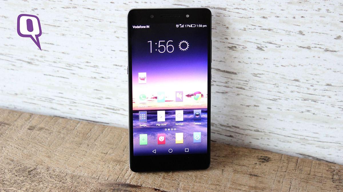 Huawei Honor 7. (Photo: <b>The Quint</b>)