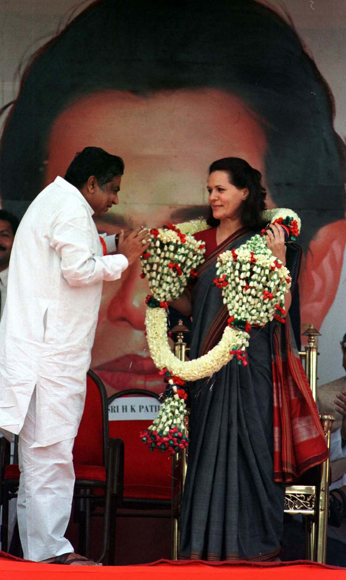 A file photo of Sonia Gandhi being garlanded in Bangalore. (Photo: Reuters)