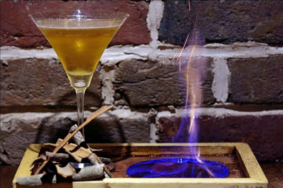 Burn Bourbon Burn is an exquisite-looking cocktail. (Photo Courtesy: Smokey's BBQ & Grill)