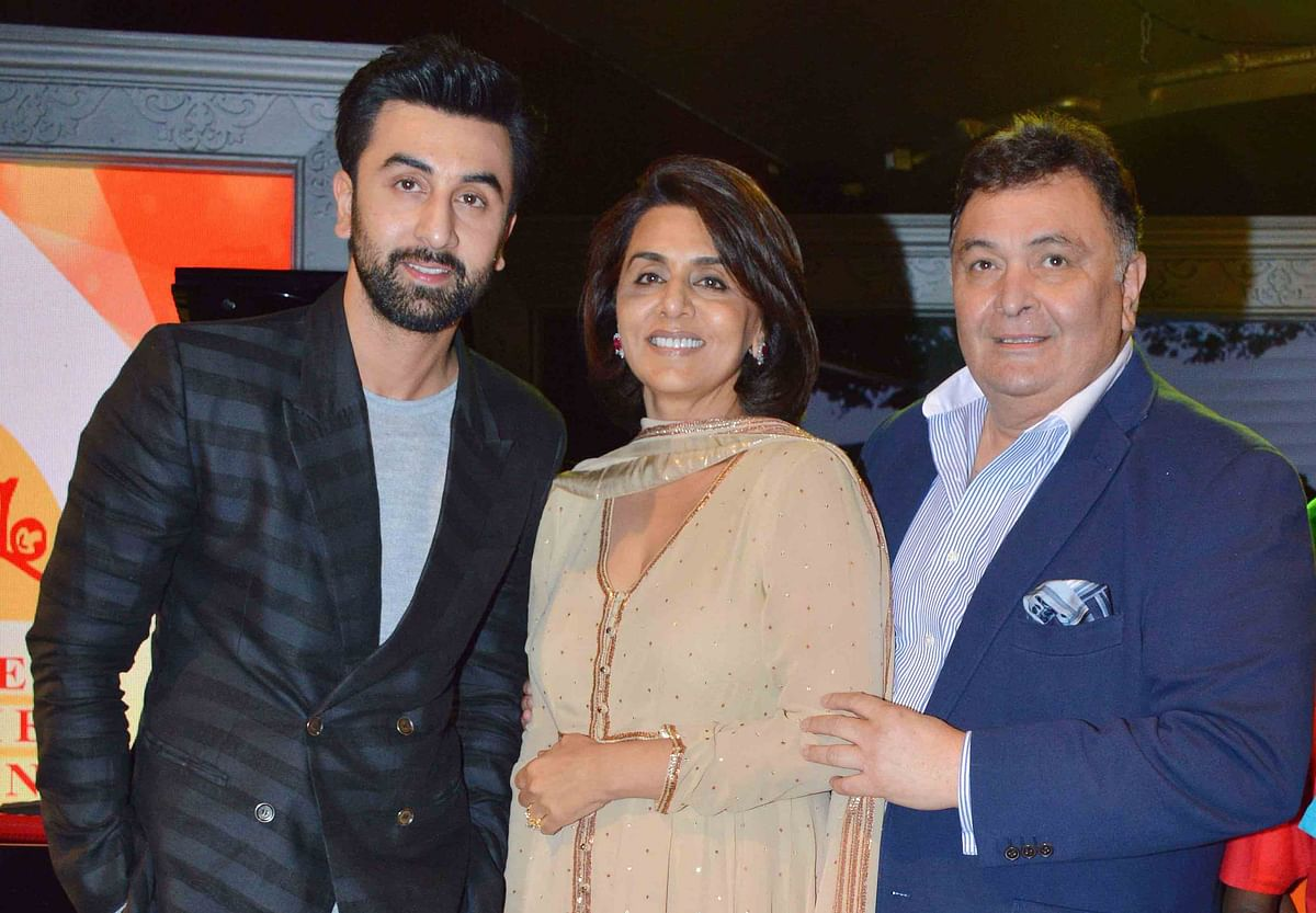 Rishi Kapoor with Ranbir Kapoor and Neetu Singh Kapoor (Photo: Yogen Shah)