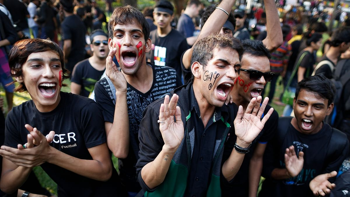Gay rights activists shout slogans during a protest against the verdict by the Supreme Court in Mumbai, December 15, 2013. (Photo: Reuters)