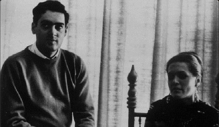 """Love at first sight: Rajiv Gandhi (left) and Sonia Maino (Photo Courtesy: Twitter/ <a href=""""https://twitter.com/sikhprideaware"""">@sikhprideaware</a>)"""