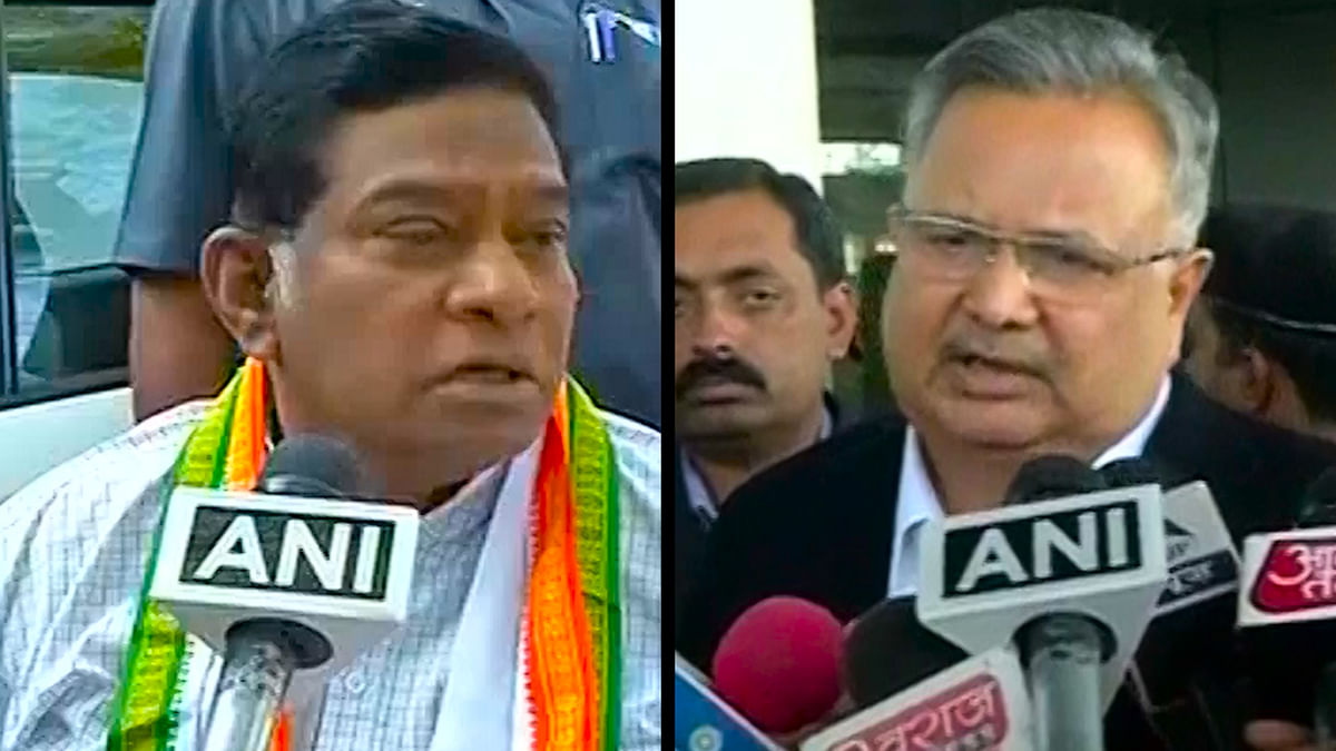 Former and current Chief Minister of Chhattisgarh, Ajit Jogi and Raman Singh respectively. (Photo: ANI screengrab)