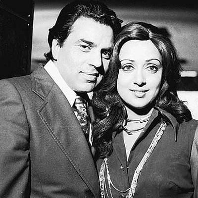 Dharmendra with Hema Malini (Photo courtesy: Twitter)