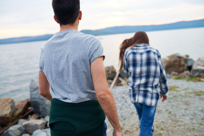 If something doesn't feel right, it's better to leave. (Photo: iStock)