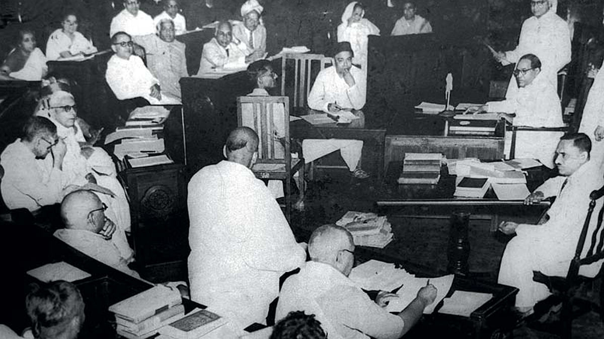 A Constituent Assembly of India meeting in 1950.