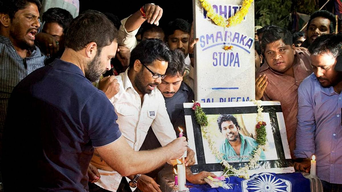 Rahul Gandhi at the Hyderabad University with protesting students. (Photo: PTI)