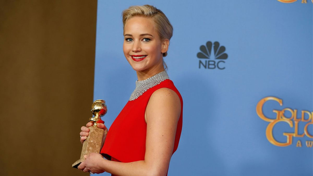 Jennifer Lawrence poses with the award for Best Performance in Motion Picture - <i>Musical or Comedy</i> for her role in 'Joy'at the 73rd Golden Globe Awards. (Photo: Reuters)