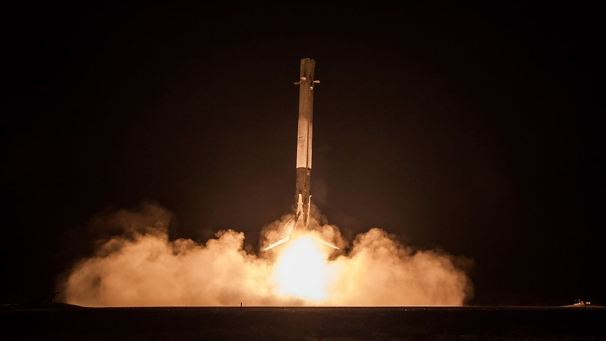Falcon 9 first stage rocket landing on 21 December 2015. (Photo Courtesy: SpaceX)