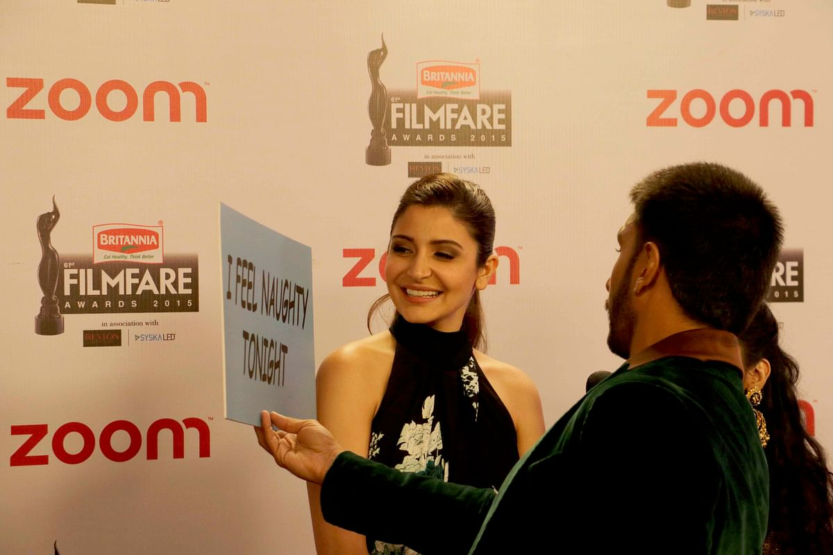 Ranveer and Anushka are in the mood for placards (Photo: Yogen Shah)
