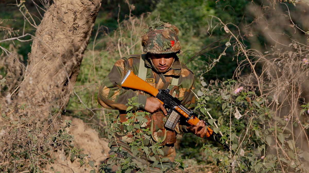 A soldier is seen during a search operation in a forest area outside  the Pathankot air force base. (Photo: AP)