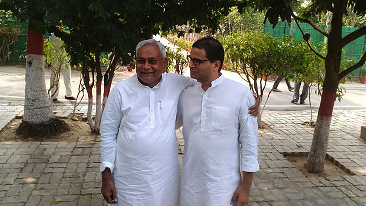 File photo of Nitish Kumar with Prashant Kishor during the 2015 Bihar Assembly elections.