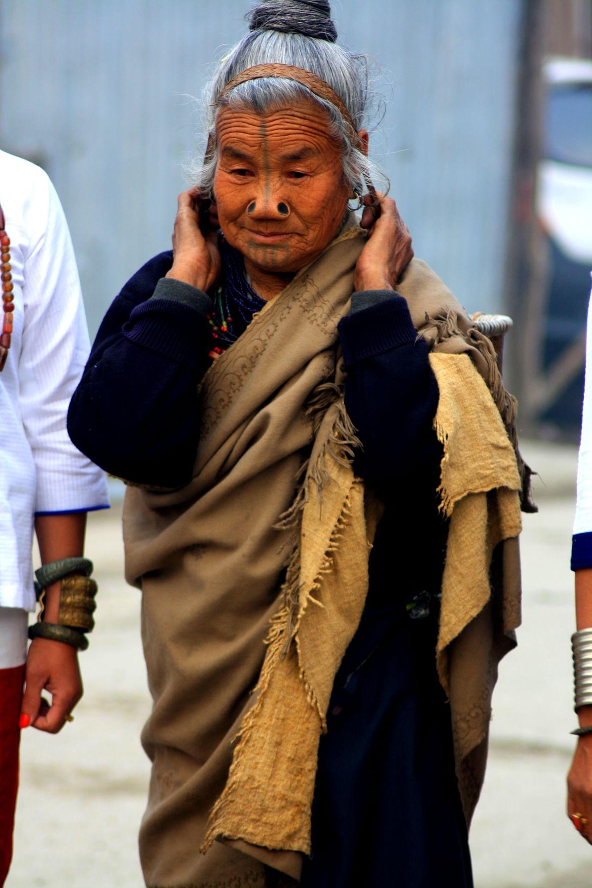 An old woman ready for Myoko.