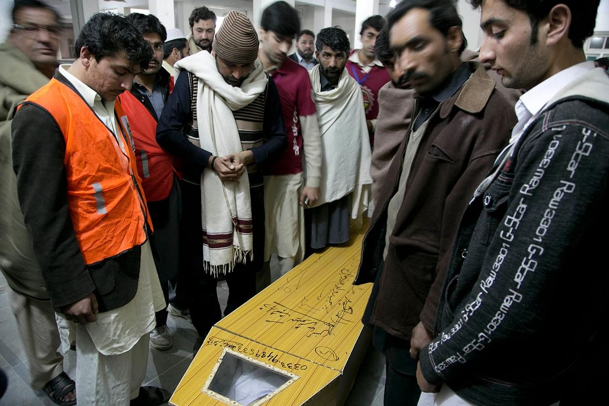 Coffin of a victim of the attack on Bacha Khan University, Pakistan. (Photo: AP)